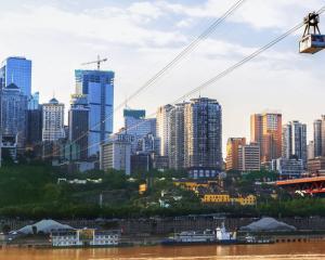 中国人口最多的15个地级市:三城超千万,总人口超1.3亿