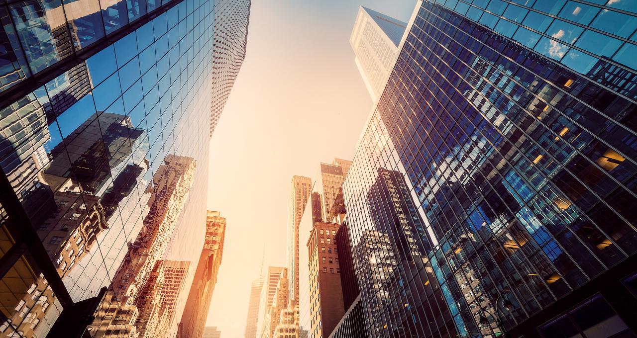 政府工作报告五大房地产关键词解析:房住不炒、大城市、租赁住房、新市民、老旧小区