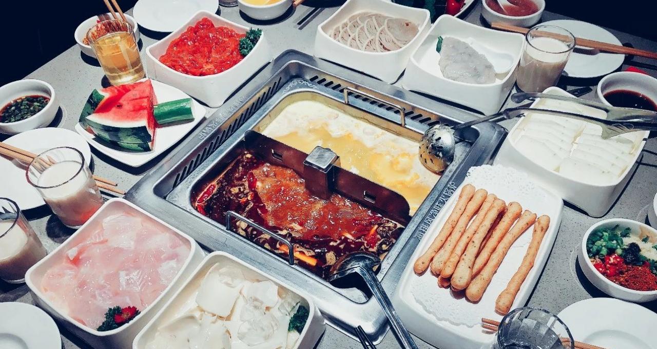 卖奶茶、推快餐,做零食,能不能拯救困境中的火锅店?